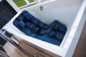 Leżaczek do kąpieli Pepi